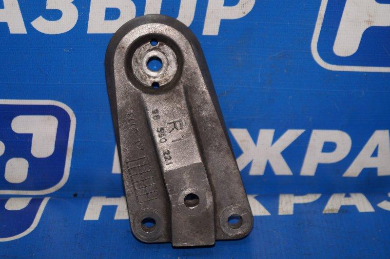 Кронштейн опоры двигателя Chevrolet Lacetti 1.4 (F14D3) 2008 правый (б/у)