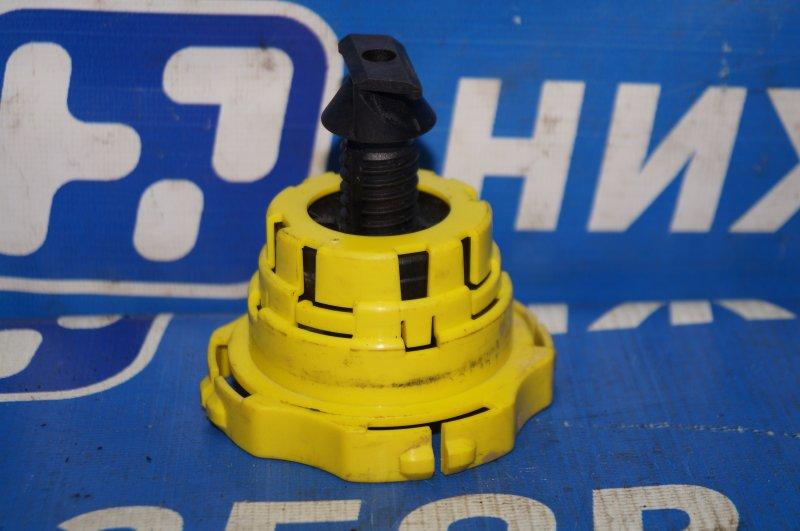 Болт крепления запасного колеса Citroen C4 1.6 10FHCMPSA5F01 2012 (б/у)