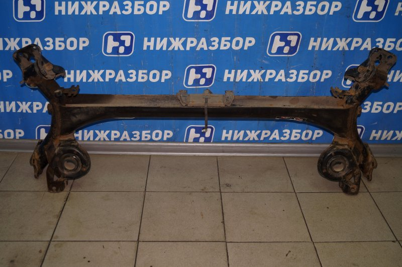 Балка Citroen C4 1.6 10FHCMPSA5F01 2012 задняя (б/у)