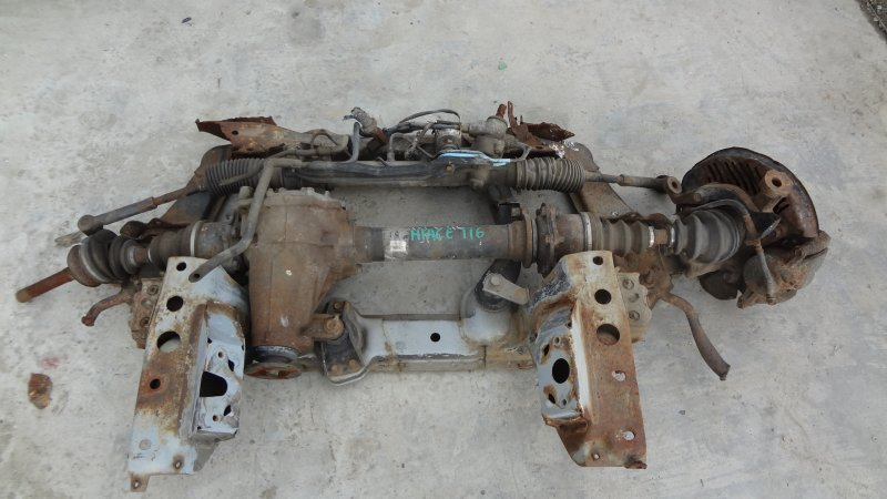 Балка Toyota Hiace KZH116 передняя