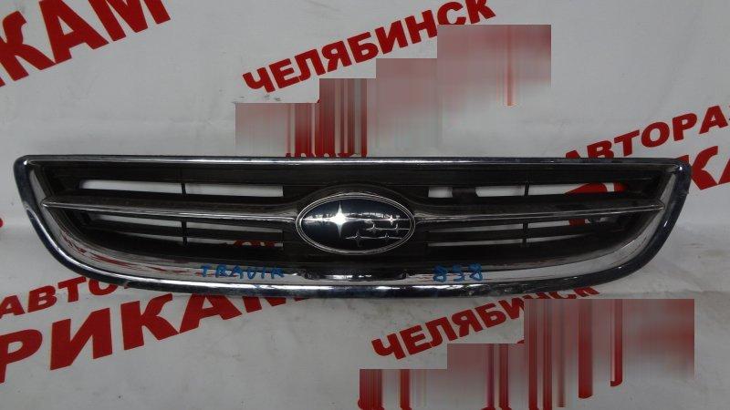 Решетка радиатора Subaru Traviq XM182