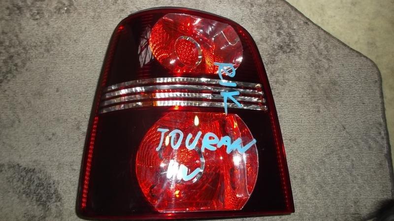 Стоп-сигнал Volkswagen Touran 1T1 левый