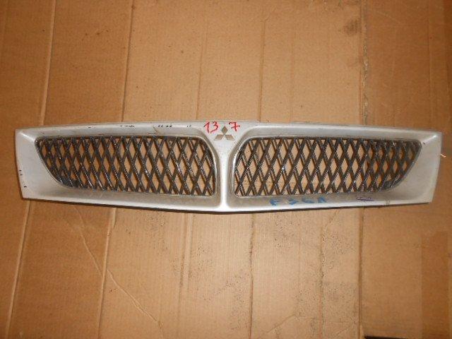 Решетка радиатора Mitsubishi Diamante F31A