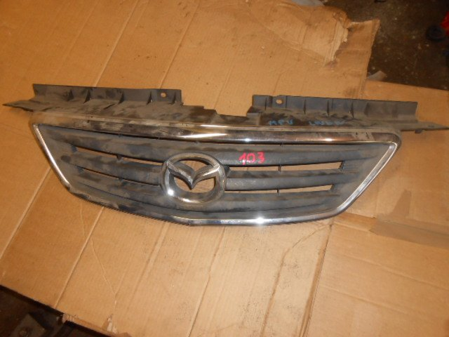 Решетка радиатора Mazda Mpv LWEW
