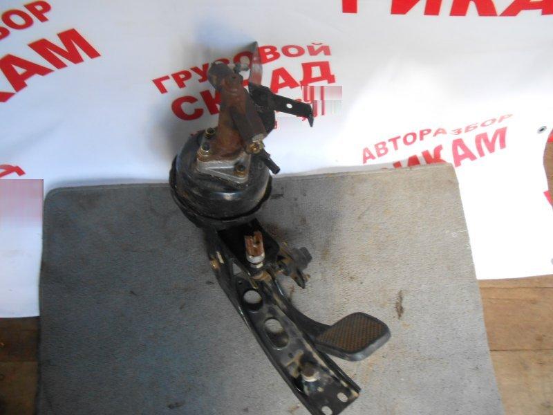 Датчик педали сцепления Mazda Titan WHF5T С 2000 г.в.
