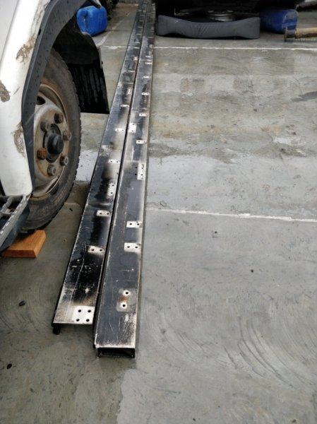 Монтажная балка грузовой платформы