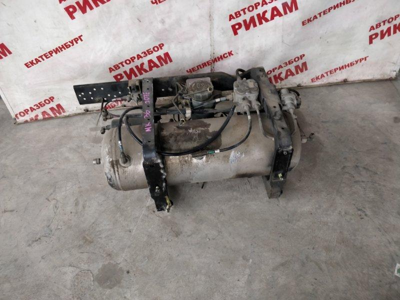 Ресивер тормозной системы Nissan Diesel MK36 J07E 2007