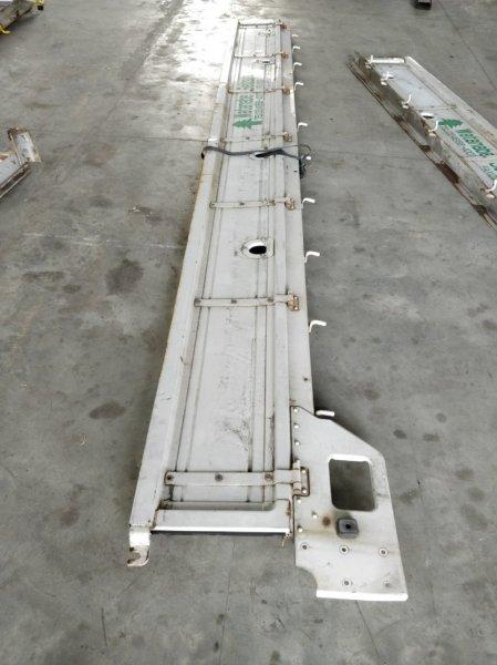 Борт грузовой платформы