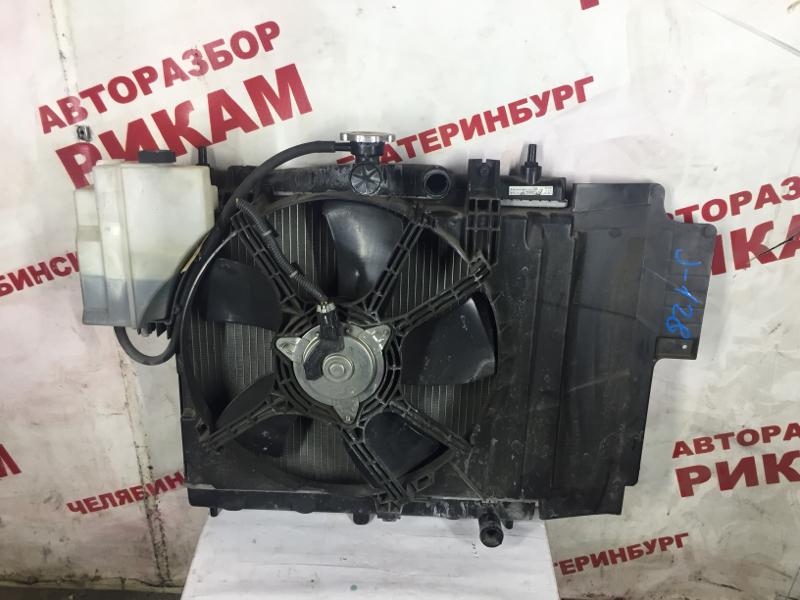 Радиатор охлаждения Nissan Note E11 HR15DE 2008