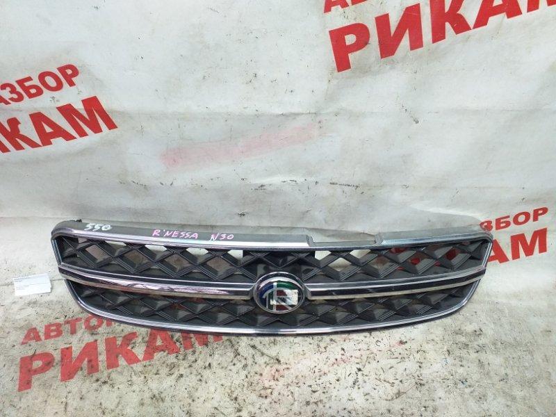 Решетка радиатора Nissan R'nessa N30