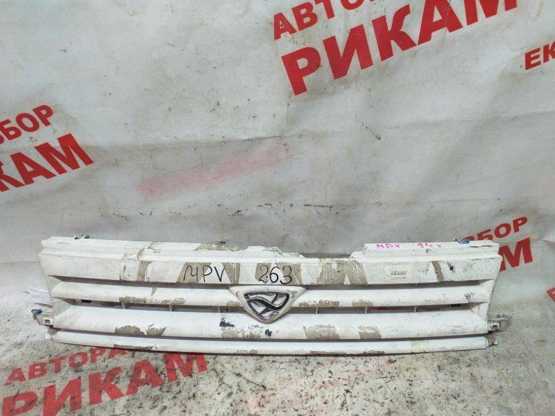Решетка радиатора Mazda Mpv LVEW