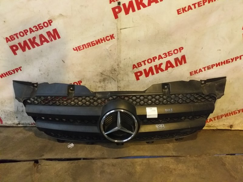 Решетка радиатора Mercedes-Benz Sprinter W906 2008