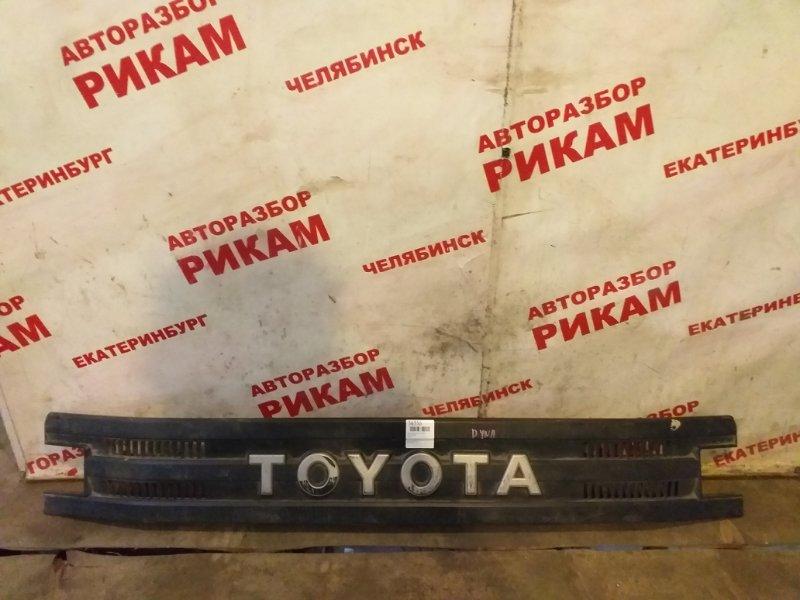 Облицовочная панель кабины Toyota Dyna BU6