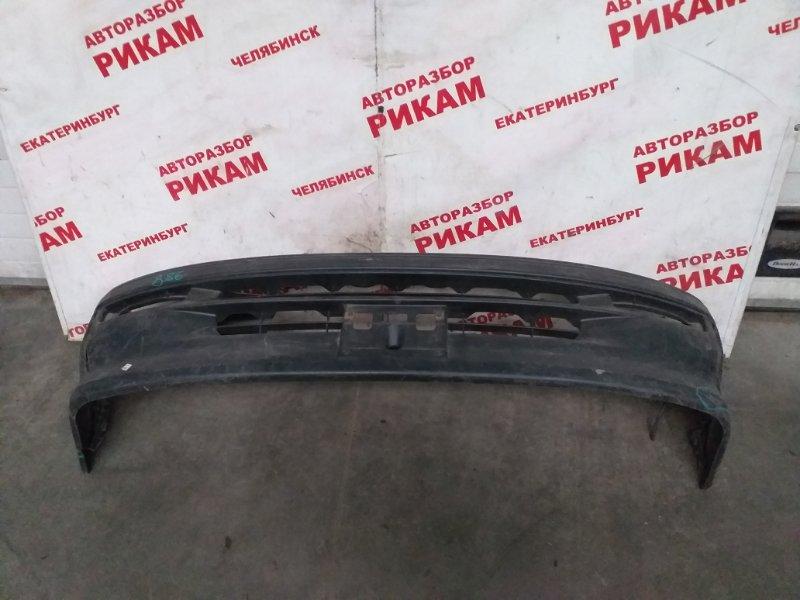Бампер Toyota Hiace KZH106 передний