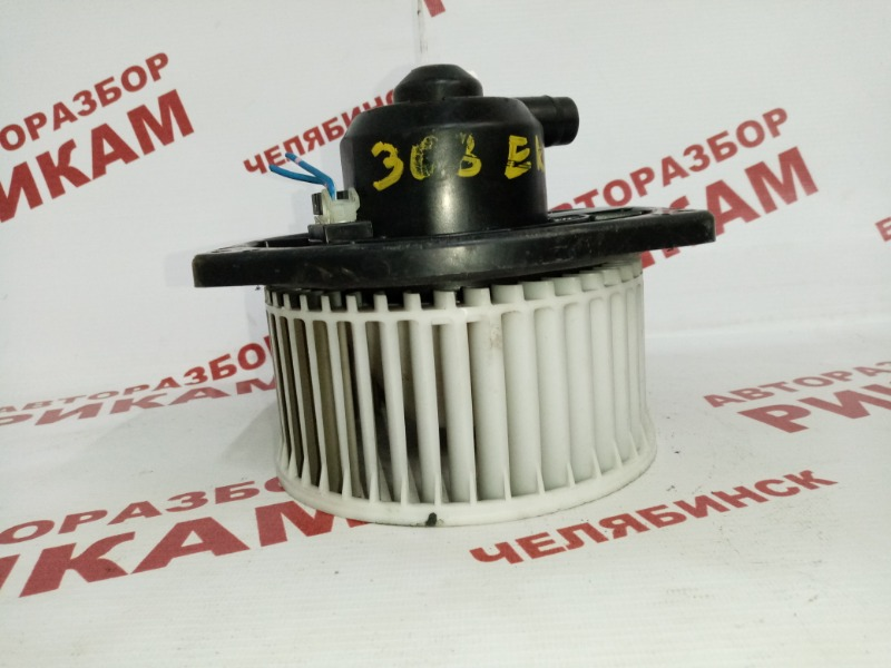 Мотор печки Nissan Pulsar N15 GA16DE 1998