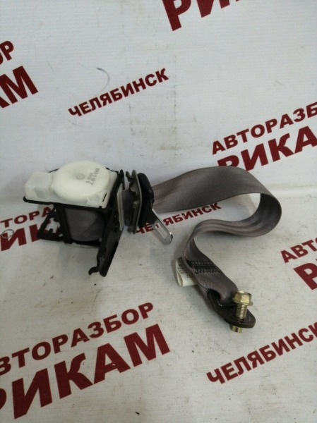 Ремень безопасности Nissan Almera N16 QG16DE 2002 задний