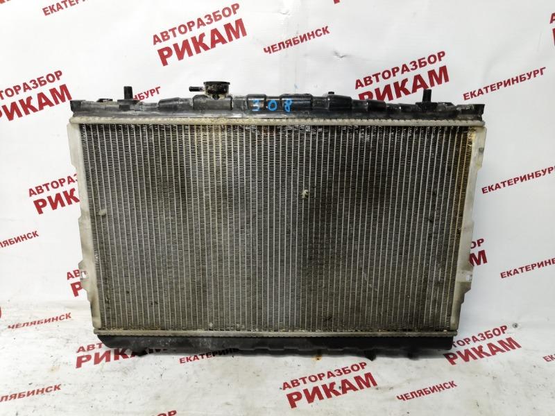 Радиатор охлаждения Hyundai Tiburon GK G6BA 2004 передний