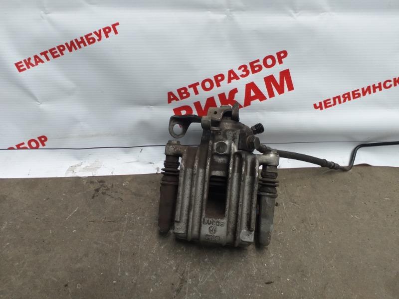 Суппорт тормозной Skoda Fabia 5J2 CBZ 2011 задний правый