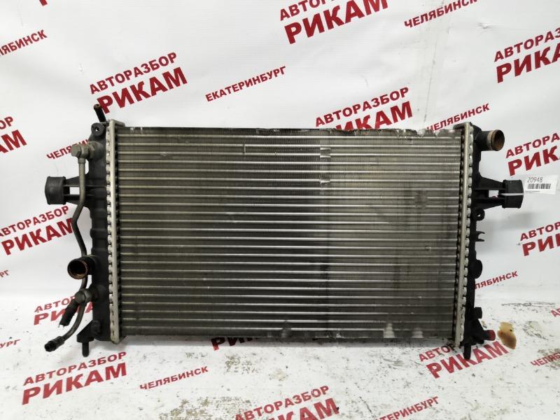 Радиатор охлаждения Opel Astra G G