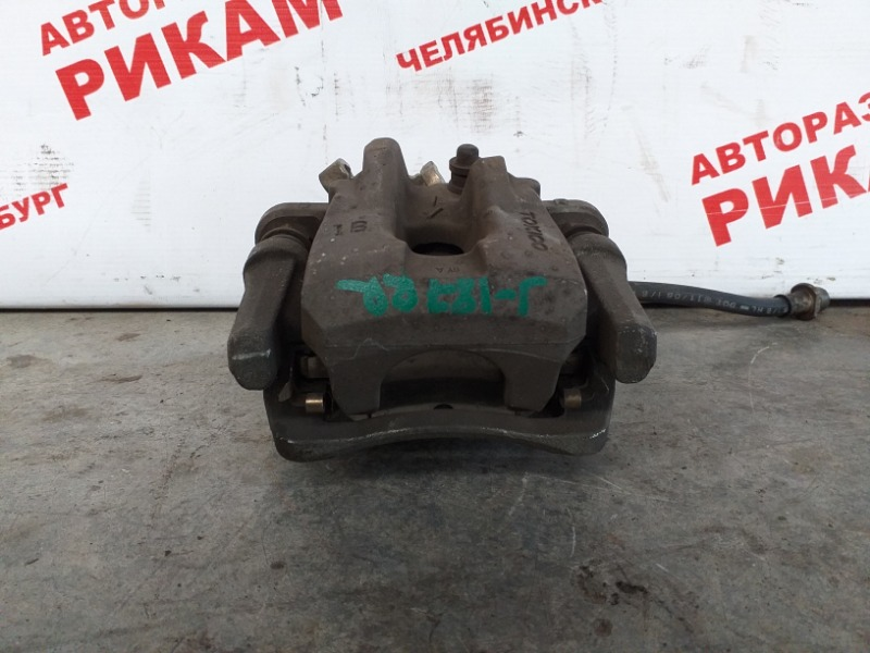 Суппорт тормозной Toyota Auris NZE151 1NZ-FE 2006 задний правый
