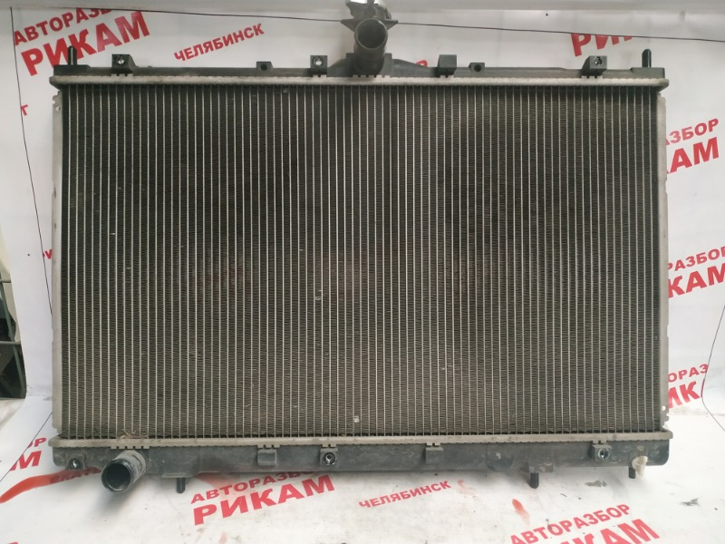 Радиатор охлаждения Mitsubishi Grandis NA4W 4G69 2003