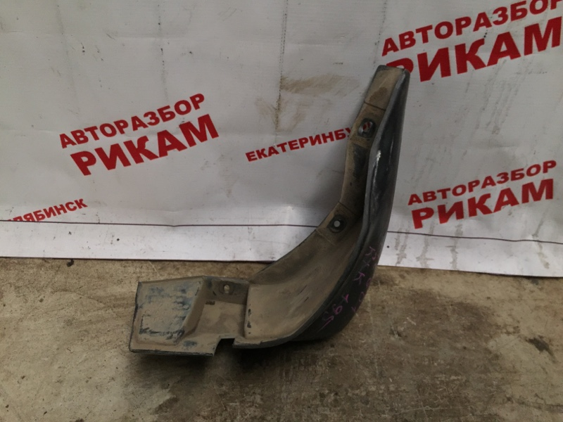 Брызговик Honda Fit GD1 L13A правый
