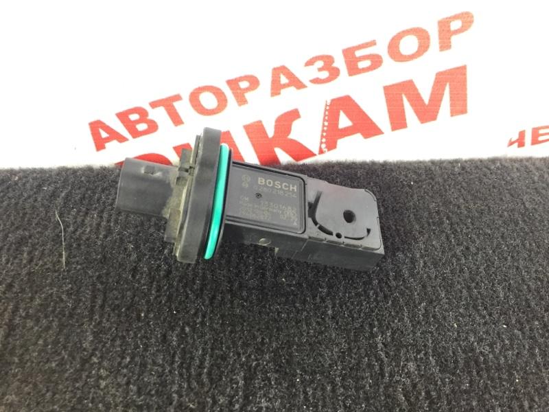 Датчик расхода воздуха Opel Corsa D A14XER 2012