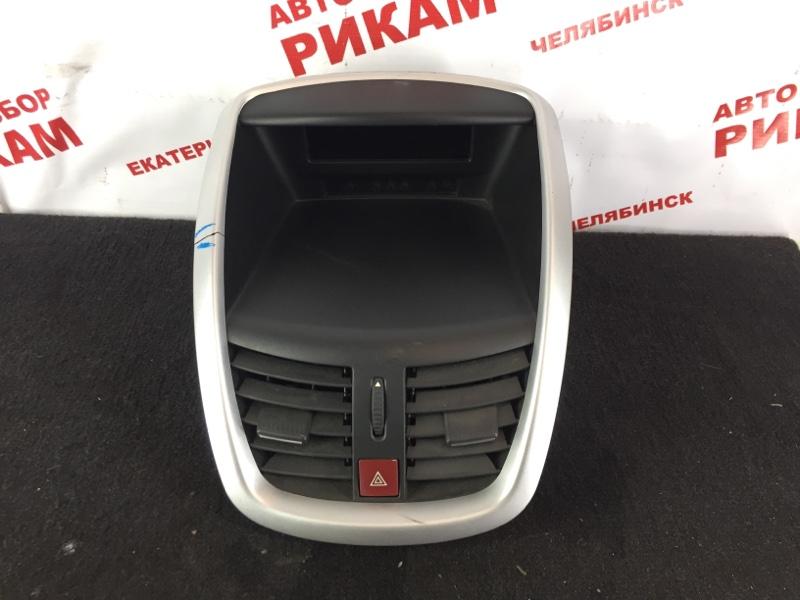 Облицовочная панель Peugeot 207 WC 10FHCK 2010