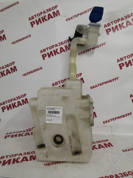 Бачок омывателя Skoda Superb 3T CFGB 2011