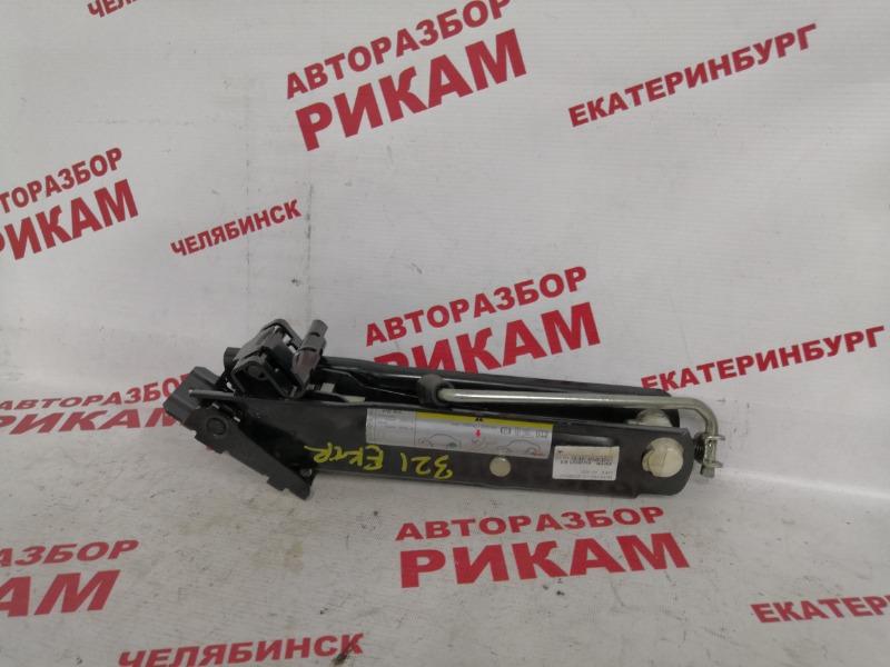 Домкрат Skoda Superb 3T CFGB 2011