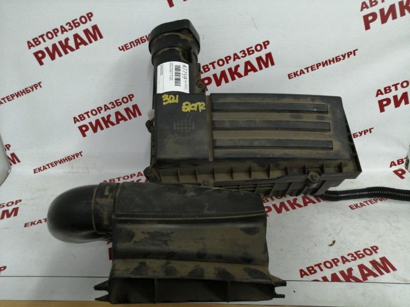 Корпус воздушного фильтра Skoda Superb 3T CFGB 2011