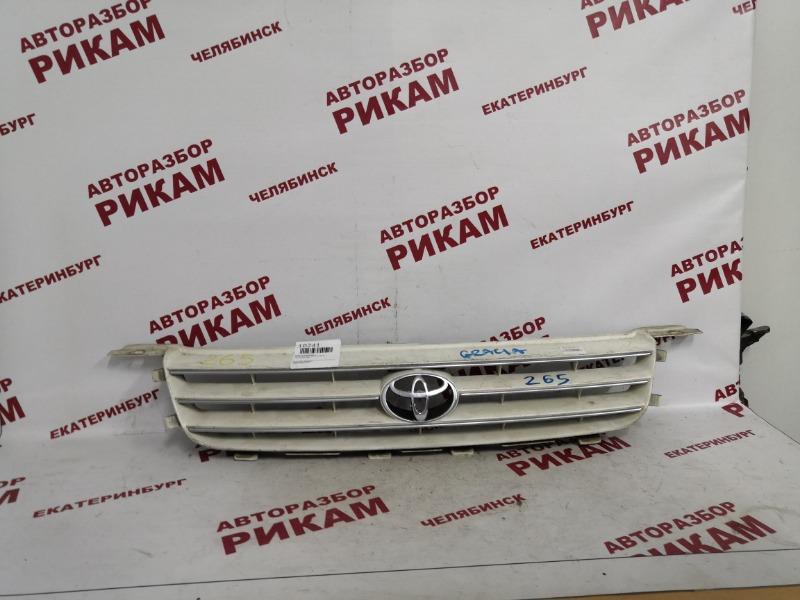 Решетка радиатора Toyota Camry Gracia SXV20