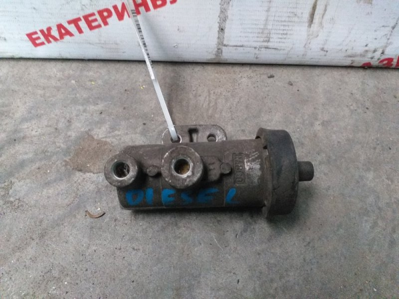Клапан тормозной системы Nissan Diesel MK25A