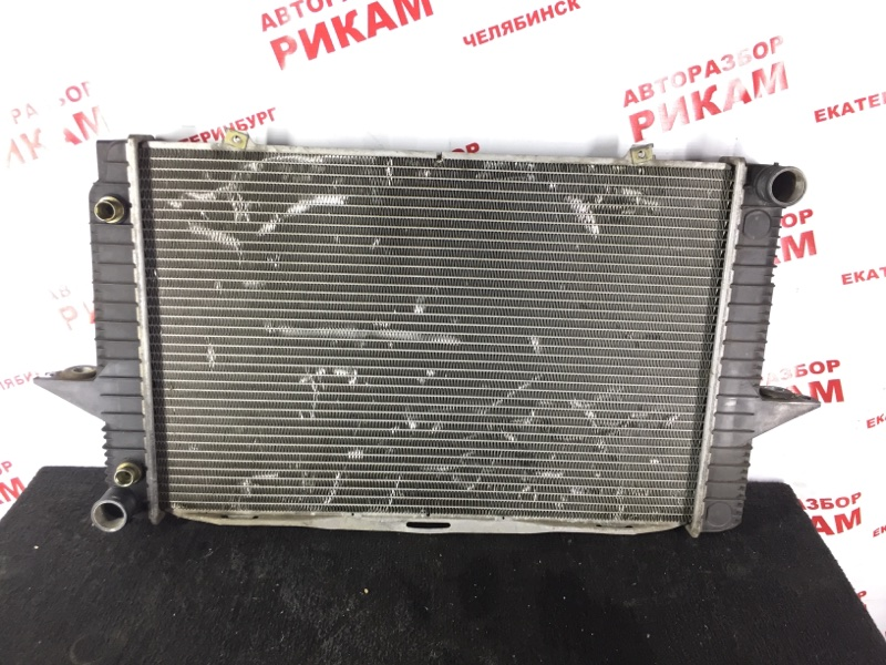 Радиатор охлаждения Volvo S60