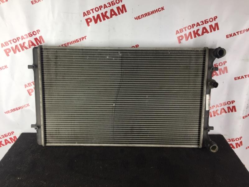 Радиатор охлаждения Volkswagen Golf MK4