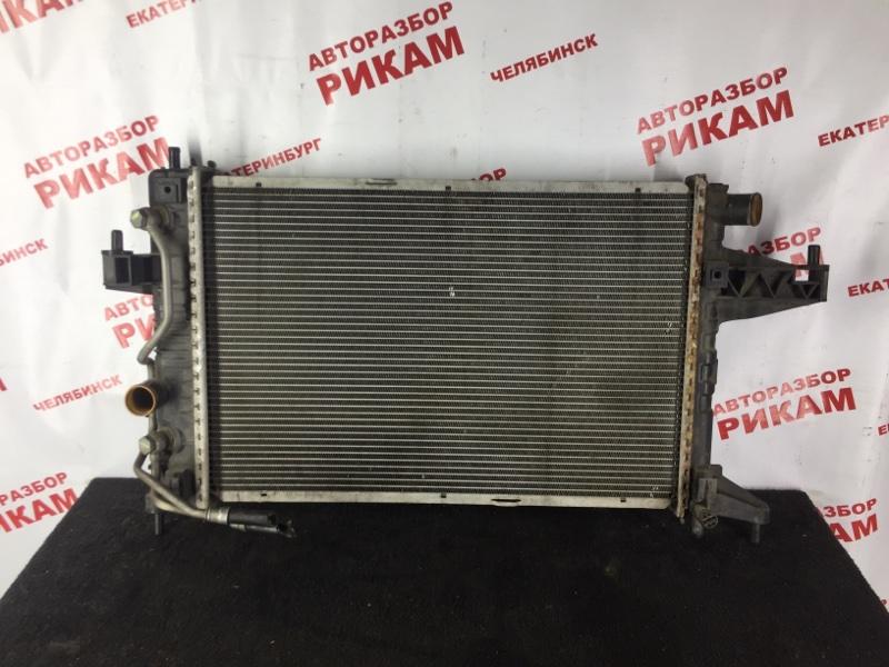 Радиатор охлаждения Opel Corsa C