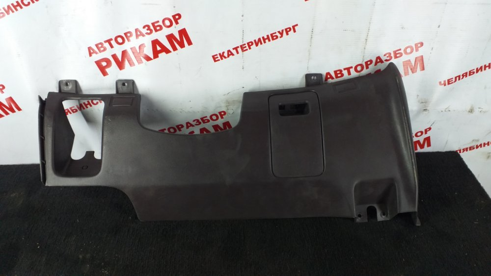 Пластик салона Nissan Largo W30 KA24DE