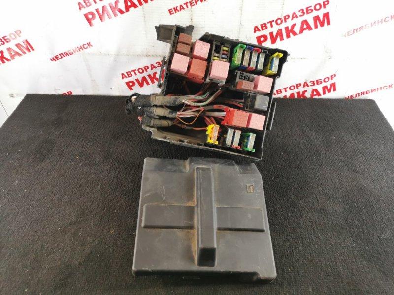 Блок предохранителей Renault Trafic JL M9RM786 2014