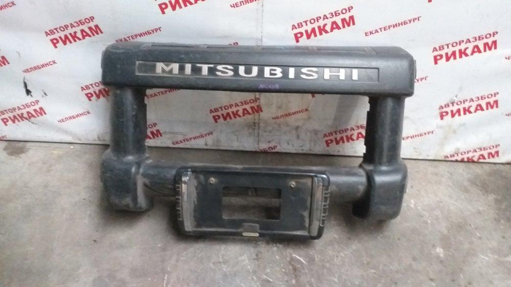 Накладка бампера Mitsubishi Delica PD8W передняя
