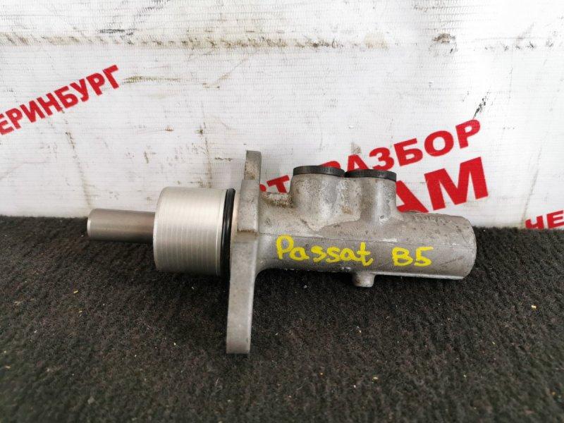 Главный тормозной цилиндр Volkswagen Passat B5