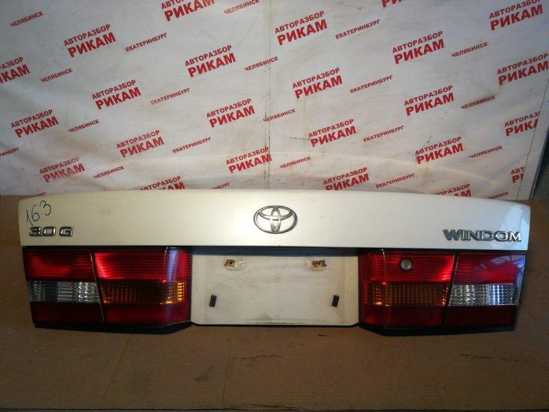 Крышка багажника Toyota Windom MCV20