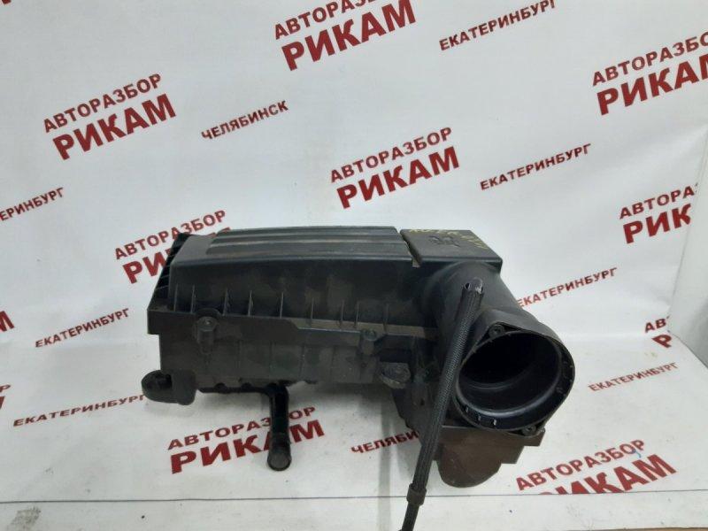 Корпус воздушного фильтра Volkswagen Passat B6 3C2 BKP 2007