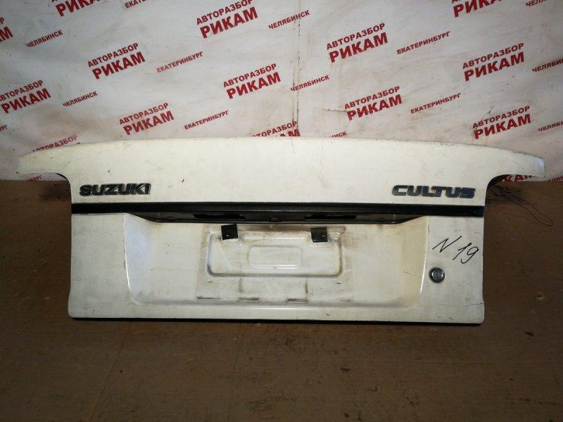 Крышка багажника Suzuki Cultus GC21S