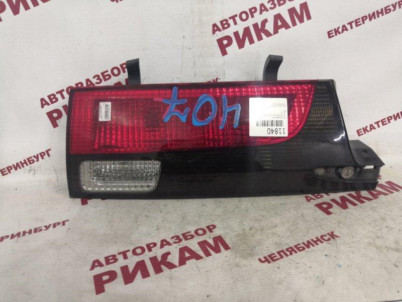 Стоп-сигнал Toyota Estima Lucida CRX20 задний правый