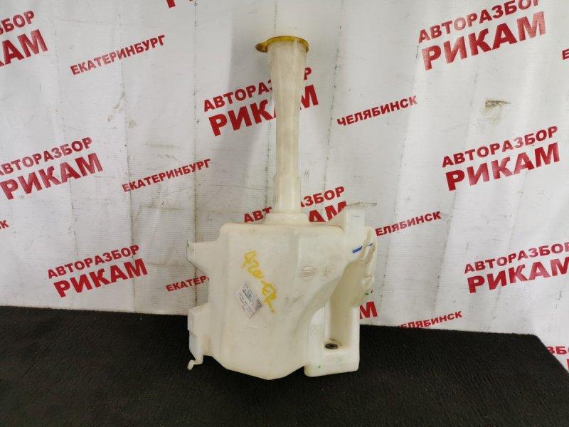 Бачок омывателя Nissan Almera N16 QG18DE 2004