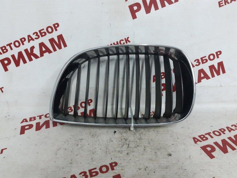 Решетка радиатора Bmw 1-Series E87 N45B16 2005 передняя левая