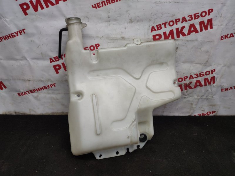 Бачок омывателя Mitsubishi Canter FE62EE 4M51