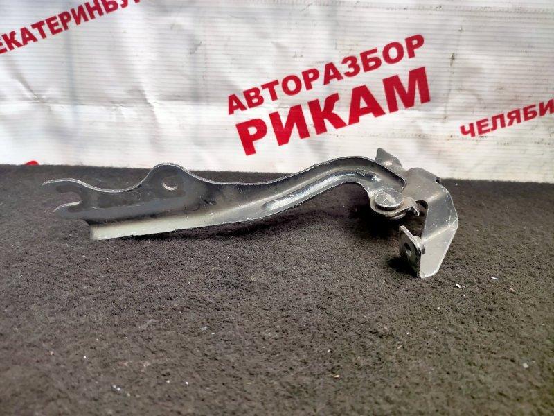 Петля капота Mazda Premacy CP8W левая
