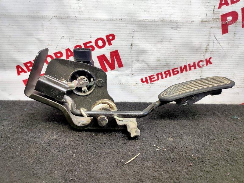 Педаль газа Toyota Avensis AZT250