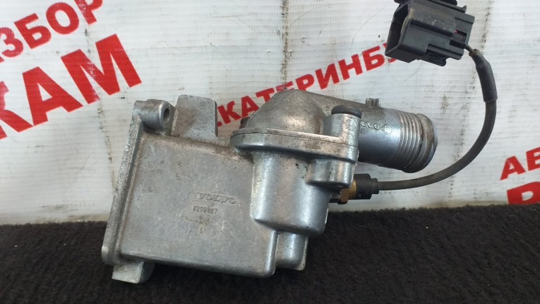 Корпус термостата Volvo S60